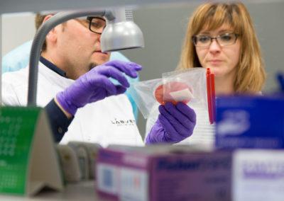 Podstawy-Mikrobiologii-Weterynaryjnej_MG_2587