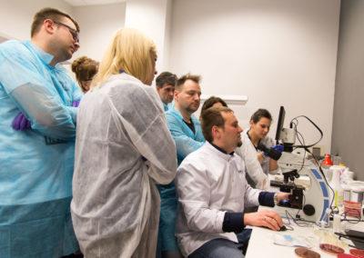Podstawy-Mikrobiologii-Weterynaryjnej_MG_2615