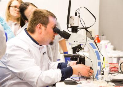 Podstawy-Mikrobiologii-Weterynaryjnej_MG_2619