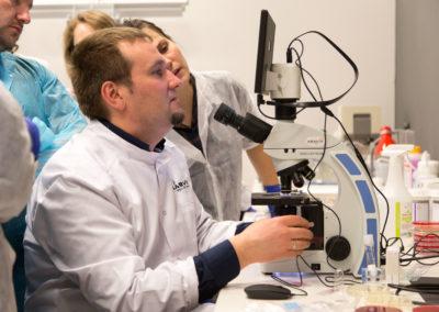 Podstawy-Mikrobiologii-Weterynaryjnej_MG_2620
